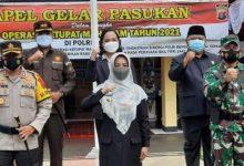 Photo of Bupati Juniarsih Pimpin Apel Pasukan Operasi Ketupat